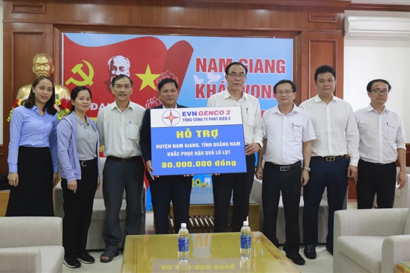Công đoàn EVNGENCO 2 đồng hành cùng người dân Quảng Nam sau mưa lũ